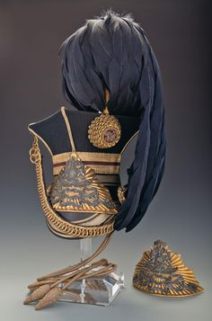 Bid on Lot or Queen's Lancers Officer's Czapka with Additional Cap Pla - This is an early Victorian era third pattern officer's cap of the Army Uniform, Military Uniforms, Helmet Armor, British Uniforms, Crimean War, Gold Bullion, Toy Soldiers, British Army, Military History