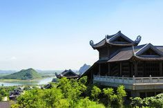 Only 15km from Ninh Binh province, Bai Dinh pagoda is well-known for its Asian and region records including Vietnam's largest pagoda, Vietnam's largest bell, Southeast Asia's largest bronze Buddha, Asia's biggest gold - plated copper, Asia's longest corridor...