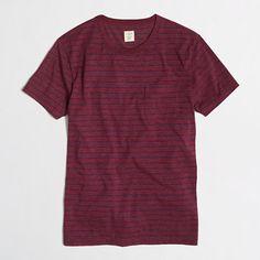 <ul><li>Cotton/poly.</li><li>Slim fit.</li><li>Rib trim at neck.</li><li>Chest pocket.</li><li>Machine wash.</li><li>Import.</li></ul>