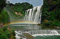 Водопад Хуангошу 01