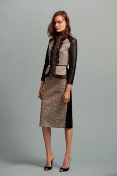 Multi-tone Brown Skirt Suit by Oscar de la Renta Pre-Fall 2016 Collection Photos - Vogue