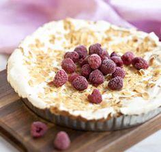 Vadelmainen Britatorttu | Myllyn Paras Oy Sweet Pie, Food Pictures, Raspberry, Yummy Food, Baking, Fruit, Breakfast, Desserts, Pastries