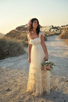 Finding your bridal style - boho inspiration for the beach!