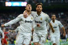 Xabi Alonso Photos: Real Madrid CF v Bayern Muenchen - UEFA Champions League Semi Final