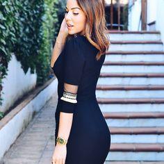 @conzapatosnuevos sexy y elegante con el Vestido Aída de @remixance  Date el capricho en @dressmeup_alla  C/Duque Sesto 11 Zona Goya. Madrid  #remixance  #sofisticacionsinesfuerzo