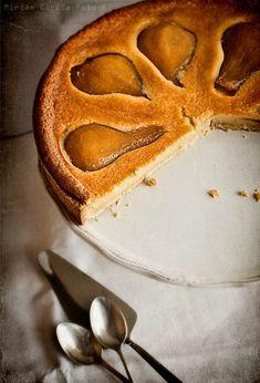 Tarta de peras y frangipane / Pear frangipane tart | El Invitado de Invierno