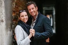 Schauspieler Jan Hartmann mit seiner Ehefrau Julia.
