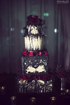 {Bridal Cake} Beautiful Gothic Wedding Cake. Black Lace with Deep Red Roses #bridal #wedding #gothic #weddingcake