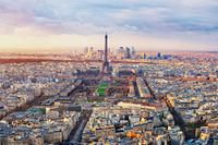 #Tour trending via the Square - PACK TOP PARIS LANDMARKS INTO 1 DAY  This Best of Paris Tour Including Versailles and Lunch at the Eiffel Tower currently has a 4.5 star rating from over 180 reviews!