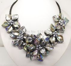 """YH@CS >>New bride jewelry mother of pearl shell flower necklace 18""""long"""