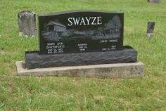 Patrick Wayne Swayze (Houston (Texas), 18 augustus 1952 – Los Angeles (Californië), 14 september 2009) was een Amerikaans acteur, danser en singer-songwriter. Op 5 maart 2008 werd door een woordvoerder van Swayze bekendgemaakt dat hij alvleesklierkanker had. De woordvoerder ontkende dat de acteur nog maar kort te leven zou hebben.  Zijn toestand verslechterde echter en anderhalf jaar later, op 14 september 2009, overleed Swayze op 57-jarige leeftijd.