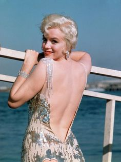 Marilyn - backless.