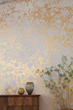papier peint elitis en or pour les murs dans le salon