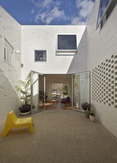 Casa en Riverview / Bennett and Trimble