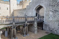 211 photos of Tower of London Norman Conquest, Tower Of London, Fortification, River Thames, Photo Reference, Tower Bridge, Prison, New York Skyline, Buildings