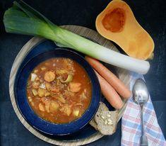 Soupe-repas d'hiver aux haricots blancs Celerie Rave, Ramen, Vegan, Ethnic Recipes, White Bean Soup, Cream Soups, White Bean, Carrot, Winter Meals