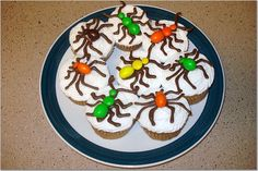Cute cupcakes for bug party!