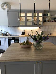 Wooden Kitchen, Ikea Kitchen, Kitchen Diner Extension, Kitchen Dining Living, Küchen Design, Kitchen Layout, Interior Design Kitchen, Country Kitchen, Decoration