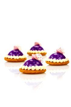 Mini Cupcakes, Albums, Inspiration, Desserts, Recipes, Photos, Food, Biblical Inspiration, Tailgate Desserts