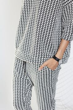 A collection of minimal fashion and interior design. Fashion Details, Look Fashion, Womens Fashion, Fashion Design, Fashion Trends, Looks Style, Style Me, Mode Lookbook, Look 2015