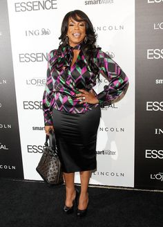 I love Niecy Nash and her blouse!