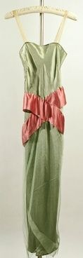 Vintage Dresses from 1920-1929