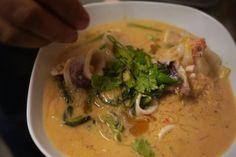 Thai (anscheinend authentisch) Ort: Rosenheimer Str. 34 Manam Thai Food & Sweets
