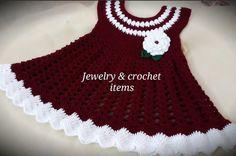 Crochet Baby Dress You Can Make Easily Crochet Girls Dress Pattern, Crochet Baby Poncho, Baby Dress Patterns, Baby Knitting, Moda Crochet, Easy Crochet, Crochet Hooks, Tutorial Crochet, How To Start Knitting