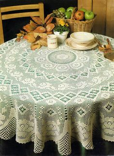 Magic Crochet n° 83 - leila tkd - Picasa Web Albums Crochet Mandala, Crochet Motif, Crochet Doilies, Crochet Books, Crochet Home, Thread Crochet, Mantel Redondo, Crochet Table Runner Pattern, Shawl Patterns