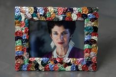 Purposeful and Creative Recycling Using Nespresso Coffee Pods - by Evelyn Jacob Cafe Nespresso, Wired Glass, Cafe Art, Coffee Pods, Diy Frame, Diy And Crafts, Tea Storage, Art Frames, Donut Shop