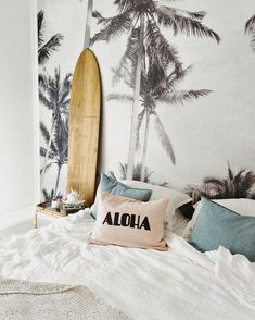 The Palm Tree Tapestry goes perfectly in any room in your home! Get the Palm Tree Tapestry today only at Tapestry Girls! Cute Bedroom Ideas, Room Ideas Bedroom, Bedroom Themes, Dream Bedroom, Dream Rooms, Surf Theme Bedrooms, Blue Bedrooms, Tropical Bedrooms, Bedroom Decor