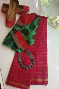 Silver Ring Repair Near Me Simple Blouse Designs, Saree Blouse Neck Designs, Saree Blouse Patterns, Designer Blouse Patterns, Skirt Patterns, Coat Patterns, Clothes Patterns, Sewing Patterns, Stylish Sarees