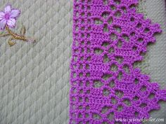 E hoje a gente vai de crochê tunisiano, que eu amo demais, já tava com saudade. And today we go to Tunisian crochet, which I love so much, I already missed doing it. Great night for all of yo Crochet Borders, Crochet Squares, Crochet Doilies, Crochet Flowers, Crochet Lace, Tunisian Crochet, Filet Crochet, Easy Crochet, Crochet Stitches