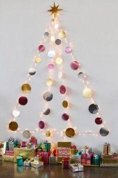 Space-saving Christmas tree