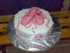 torta con scarpette da ballo