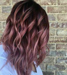 Burgundy Hair Color Ideas: Best Hairstyles for Maroon Hair (April - HAIR❤️ - Hair Rose Gold Hair Brunette, Brunette Color, Pink Hair, Rose Hair, Blonde Brunette, Gray Hair, Black Hair, Gold Hair Colors, Ombre Hair Color