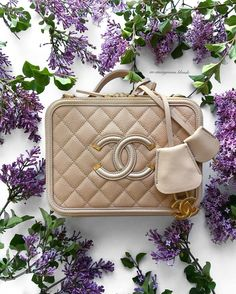 How gorgeous is my new Chanel Filigree Vanity case  #pursebopsspringtimebagchallenge For any Chanel inquiries contact my amazing SA @the_pink_macaron by an.anonymous.blonde