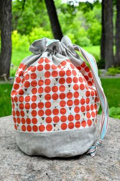 Awhile back, I picked up a set of some cute Japanese polka dot fabric, with some sheep in the polka dots. Right away, I was thinking these ...