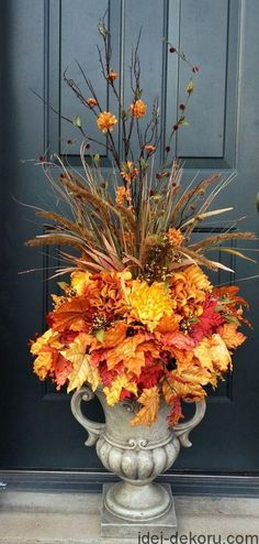 fall urn ideas for front porch . fall urn ideas for front porch Front Door Christmas Decorations, Thanksgiving Decorations, Fall Church Decorations, Wedding Decorations, Vintage Thanksgiving, Thanksgiving Table, Fall Containers, Succulent Containers, Container Flowers
