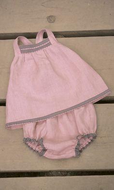 BRAGUITA Y CAMISETA PICADILLY. Conjunto de bebe de dos piezas en lino rosa, disponible en tallas 6-12-18 meses.