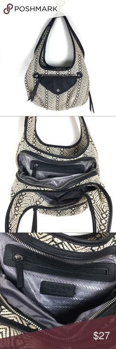 SIMPLY VERA by Vera Wang purse Medium sized shoulder bag with three compartments. In EUC, no stains or damage. Simply Vera Vera Wang Bags Shoulder Bags