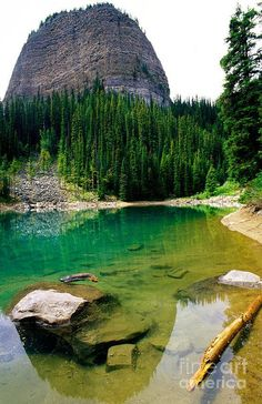 The Big Beehive overlooking Mirror Lake - Banff National Park, Alberta, Canada