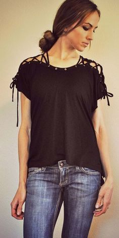 Cool DIY Fashion Ideas | Fun Do It Yourself Fashion projects | Learn how to refashion and sew jeans, T-shirts, skirts, and more | Laced Up Collar Sleeves | http://diyprojectsforteens.com/cool-diy-fashion-ideas/