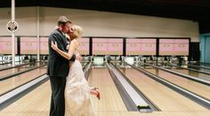 Peacock-Themed Bowling Alley Wedding | New Orleans, LA
