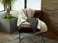 Cozy up this fall and winter with our new Knit Sherpa Throw Blankets! Deliciously plush and comfortable, these knit bamboo throws feature a cozy Sherpa fabric on the reverse side of our popular knit bamboo yarn, giving you the plushest, comfiest throw blanket you've ever felt.