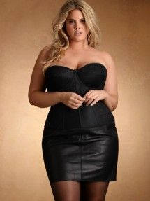 Play it bold with our plus-size leather corsets or a plus-size leather bustier. Enter the bedroom fiercely with plus size leather lingerie from Hips & Curves. Plus Size Club Dresses, Plus Size Outfits, Curvy Outfits, Curvy Fashion, Plus Size Fashion, Plus Size Clubwear, Hips And Curves, Sexy Party Dress, Party Dresses