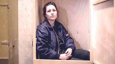 Gastspielbox #2 // Ein Volksfeind in Bogotá // Mit Eva Meckbach  Vom 24. bis 27. März 2016 waren wir mit Ein Volksfeind zu Gast auf dem Festival Iberoamericano de Teatro in Bogotá. Eva Meckbach war beeindruckt wie diskutierfreudig das dortige Publikum war. Und begeistert von den vielen Pudeln in der Stadt.  From: Schaubühne Berlin  #Theaterkompass #TV #Video #Vorschau #Trailer #Theater #Theatre #Schauspiel #Clips #Trailershow