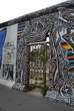 Berlin, les lieux incontournables #3   Jolis voyages Beau Site, I Want To Travel, Street Art, Europe, Places, Brittany, Germany, Travel, Projects