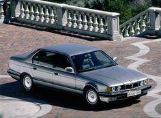 750il e32 20090808 1739713990 750x552 E32   The Second Generation BMW 7 Series   Video