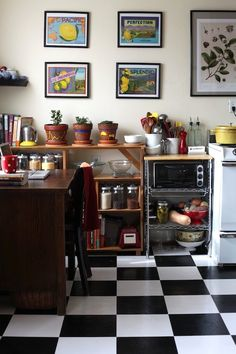 love the idea of a working desk in the kitchen